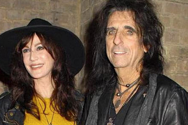 addiction recovery ebulletin alice cooper wife