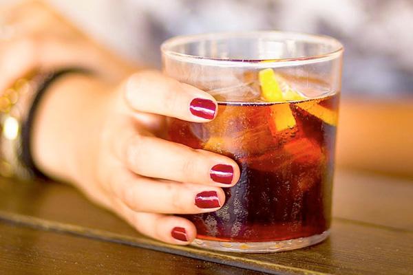 addiction recovery ebulletin women binge drink more